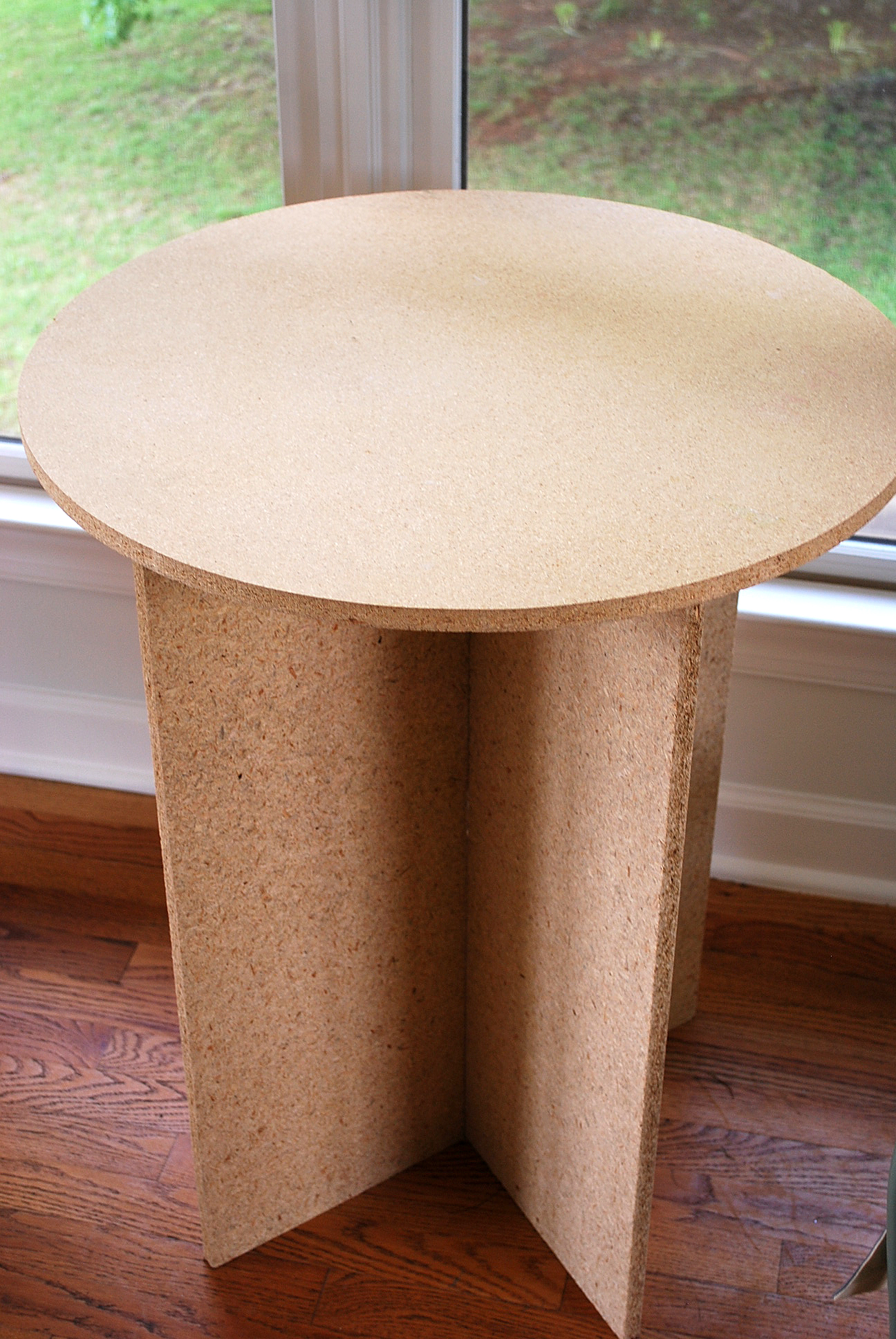 Round Particle Board Table Designs