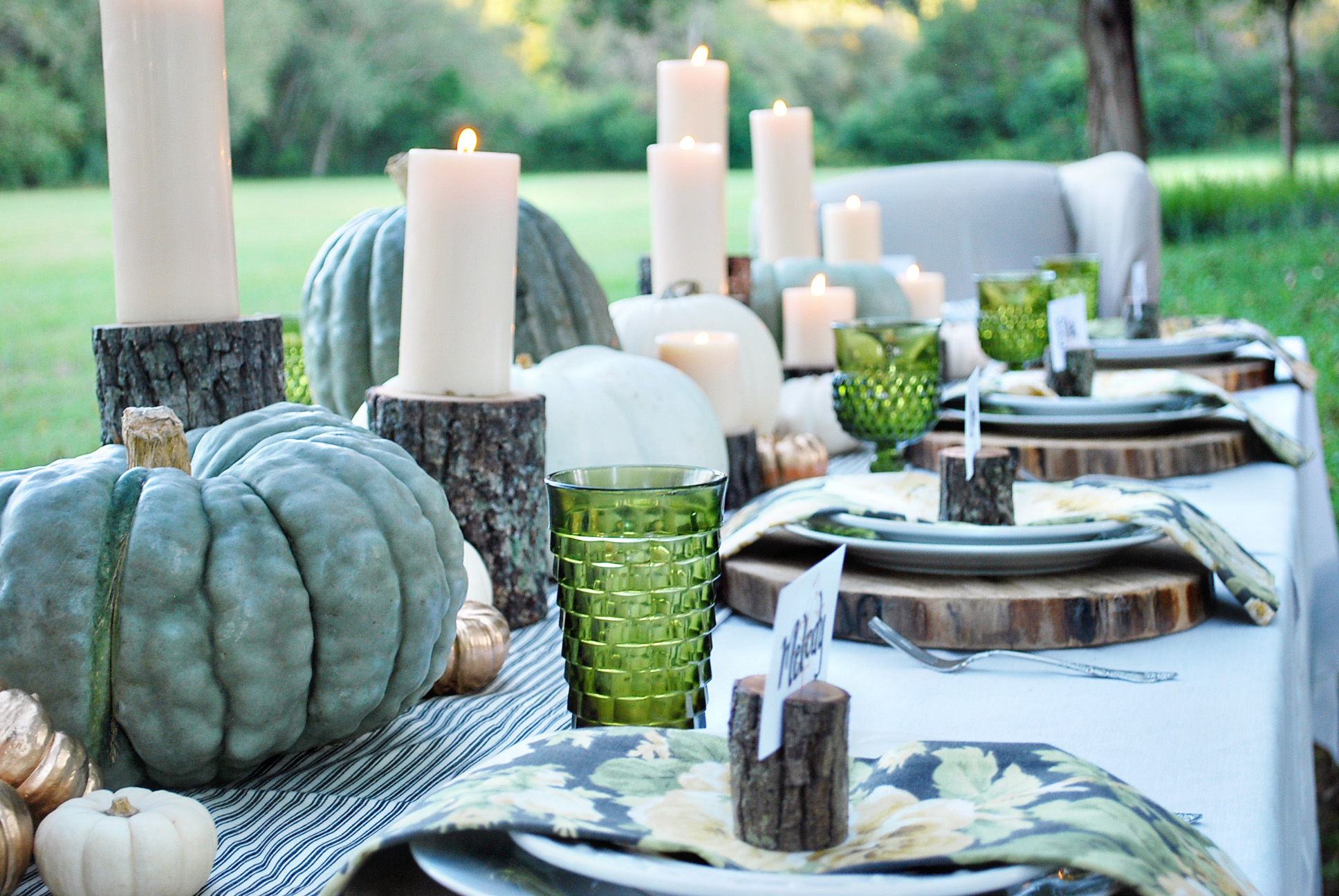 Log Candle Holders | Thanksgiving Table Settings And Decor Ideas To WOW Your Guests