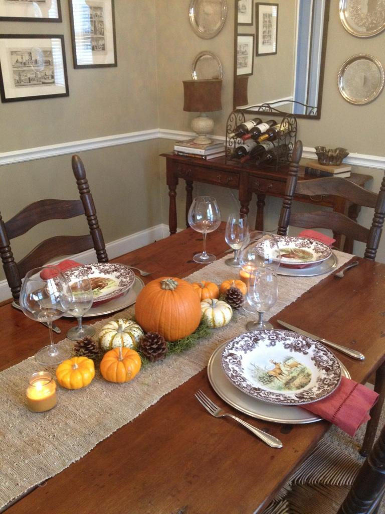 Simple thanksgiving table setting ideas Simple thanksgiving table decorations