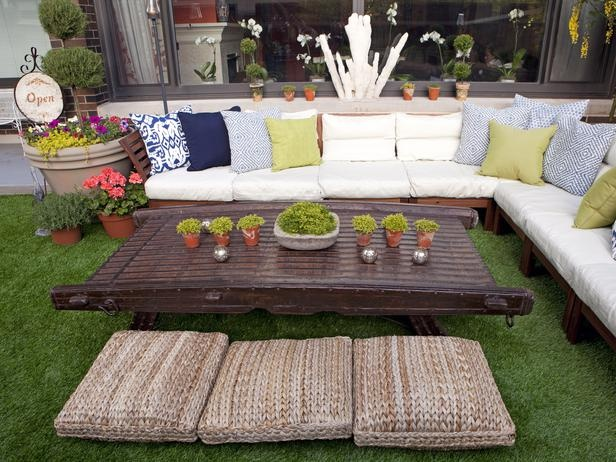 HGTV Outdoor SEctional