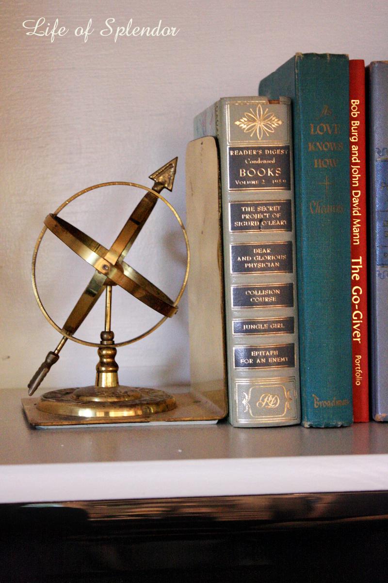 Bookshelf STyling 10