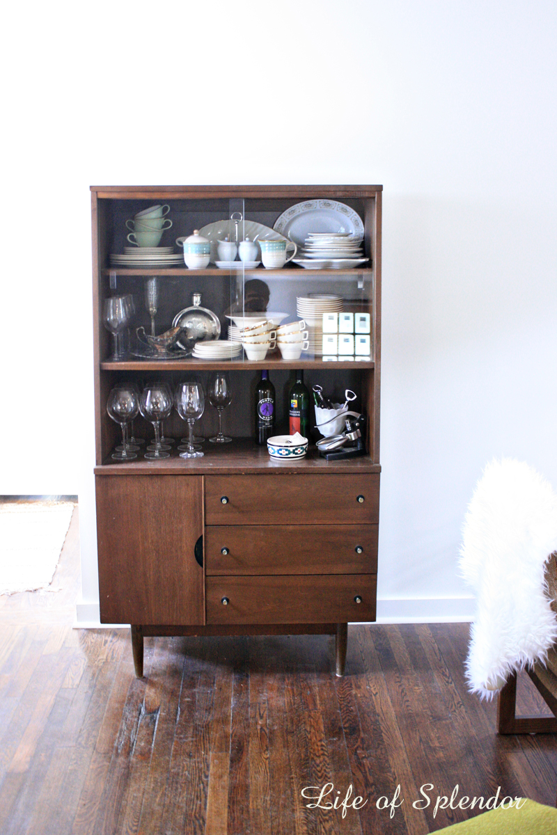 Mid-century Modern Hutch - Our Dining Nook - Thewhitebuffalostylingco.com