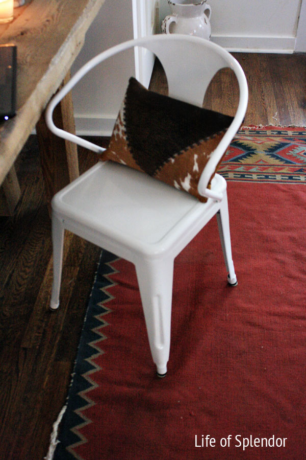Cowhide-rug-modern-chair