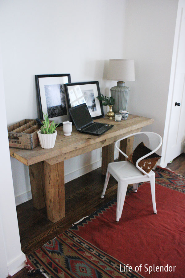 blogging-desk-kilim-rug