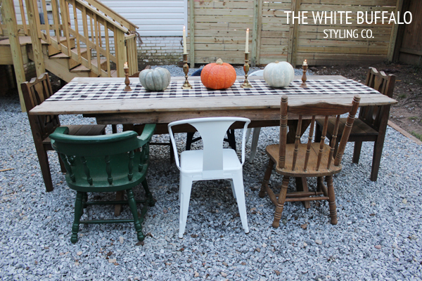 OUTDOOR-FALL-DINING