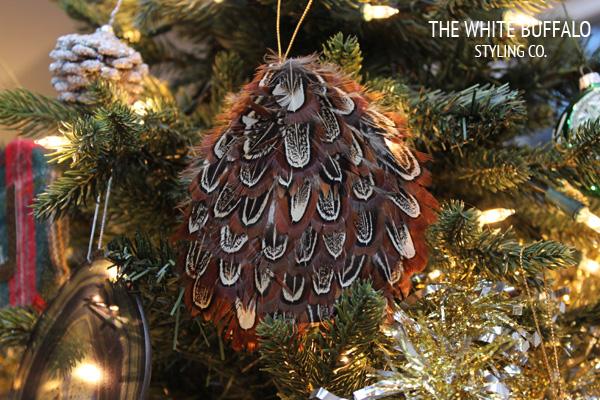 DIY Christmas Ornaments - thewhitebuffalostylingco.com