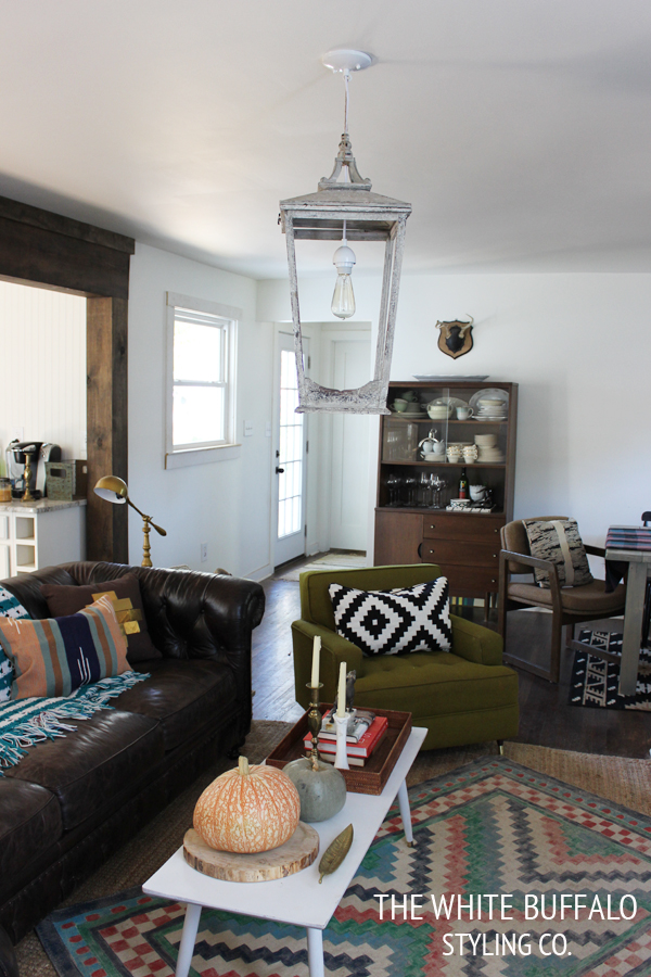 OVERSIZED LANTERN LIGHT FIXTURE