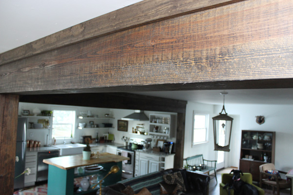 creating-faux-wood-beams