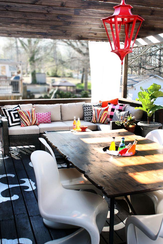 the-hunted-interior-patio