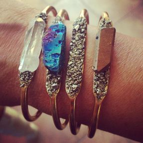 raw-crystal-and-pyrite-bangle