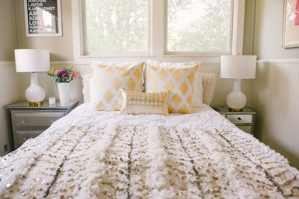 How to Style a Moroccan Wedding Blanket via theglitterguide.com