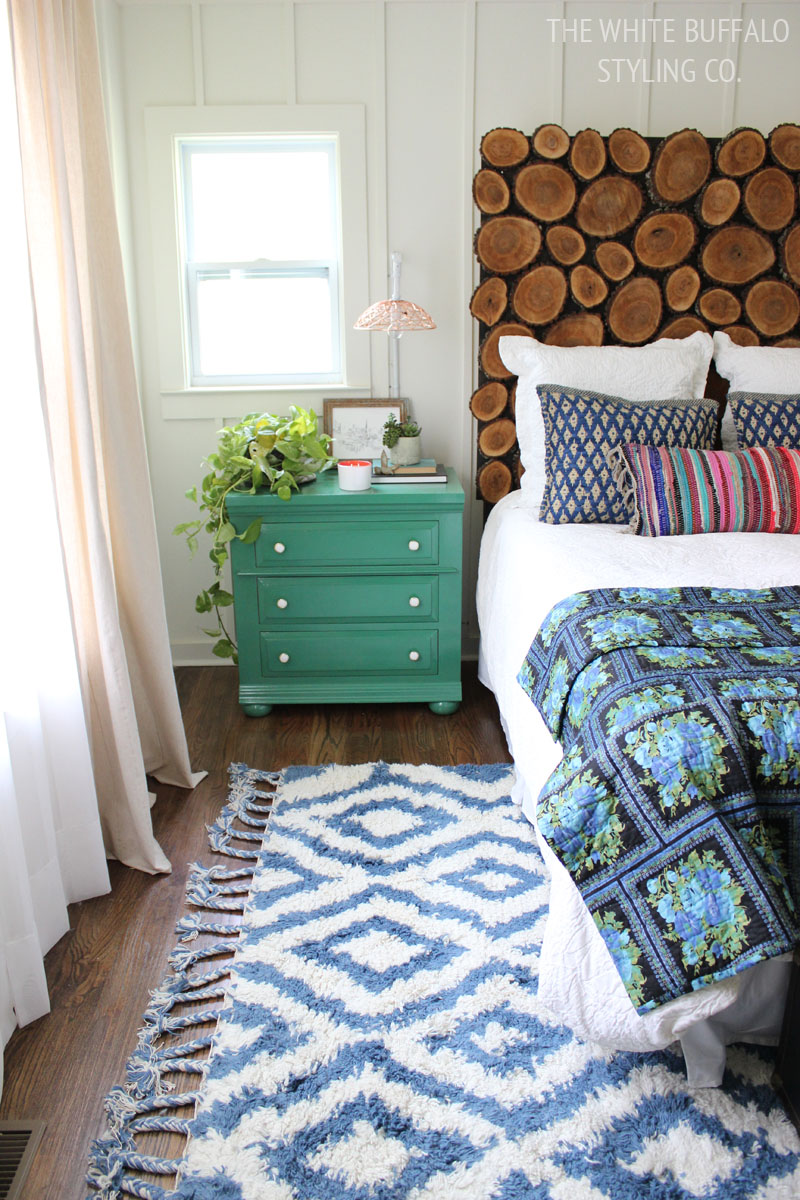 Why every bedroom should have a moroccan shag rug for Rug in bedroom