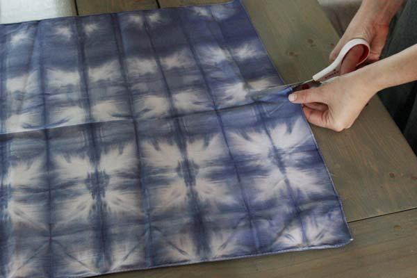 tie-dye-lamp-shade-step-2