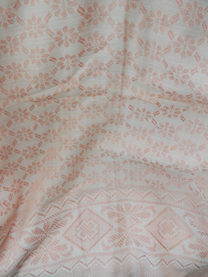 vintage-embroidered-italian-quilt