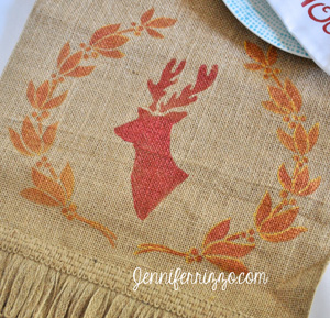 Jennifer Rizzo deer head table runner (1)