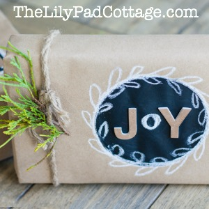 chalkboard-gift-wrap-button