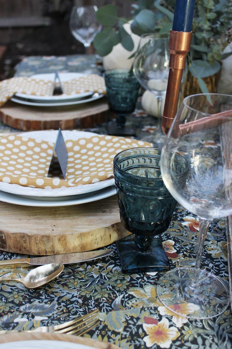 grateful-tablescape