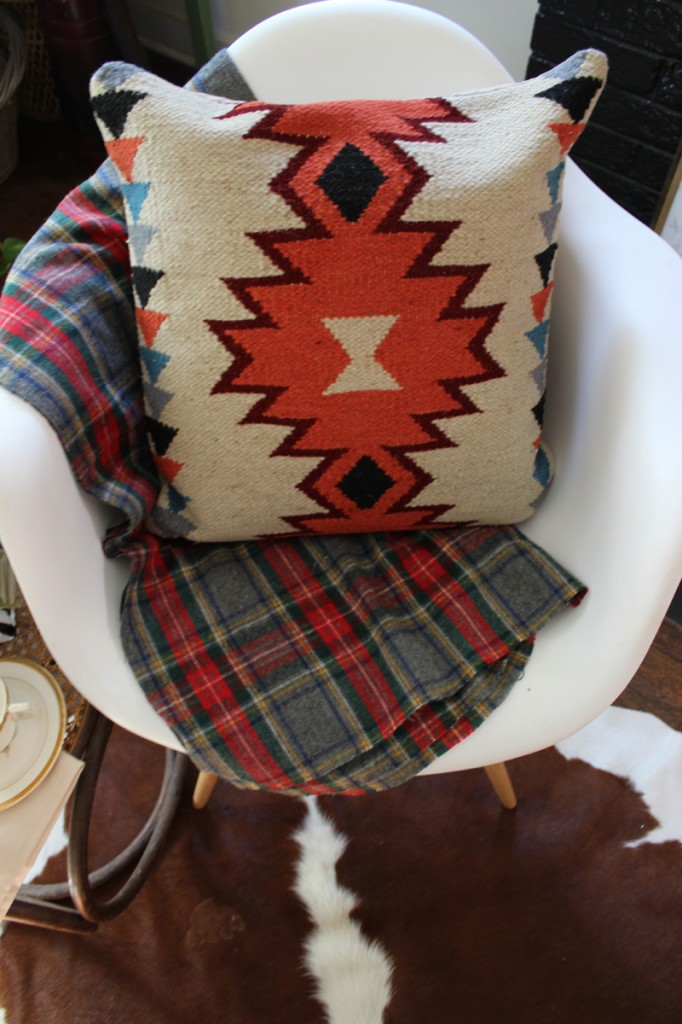 Pattern Mixing: Kilim and Plaid