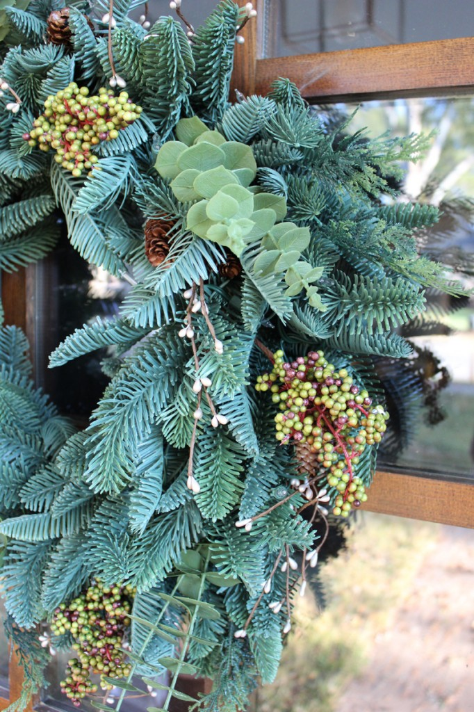 real-looking-faux-wreath