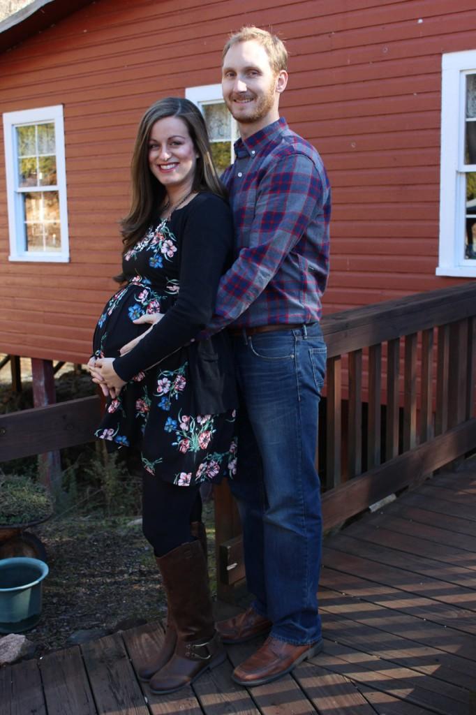 couple-maternity-shot