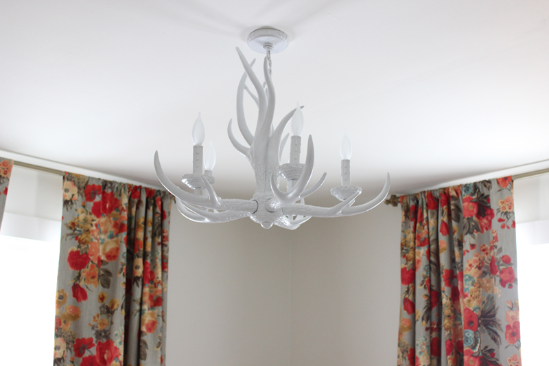 diy-white-antler-chandelier
