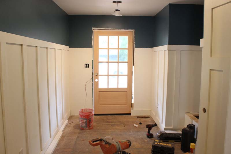 Excited About The Tall Board And Batten I Really Wanted A Color That Would Contrast With It Chose This Dark Blue Benjamin Moore S Bella
