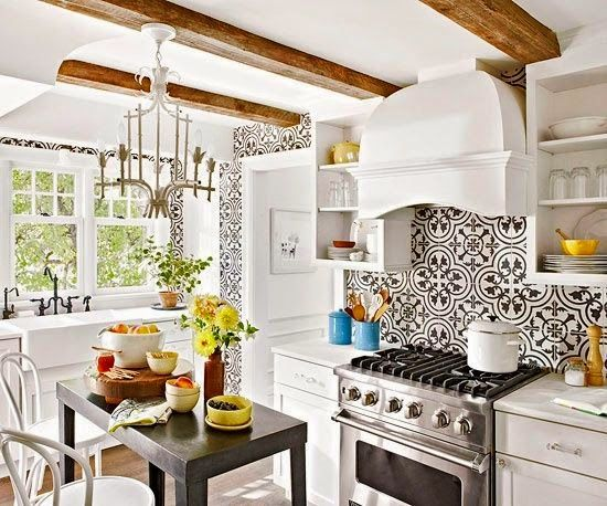 patterned-tile-in-kitchen
