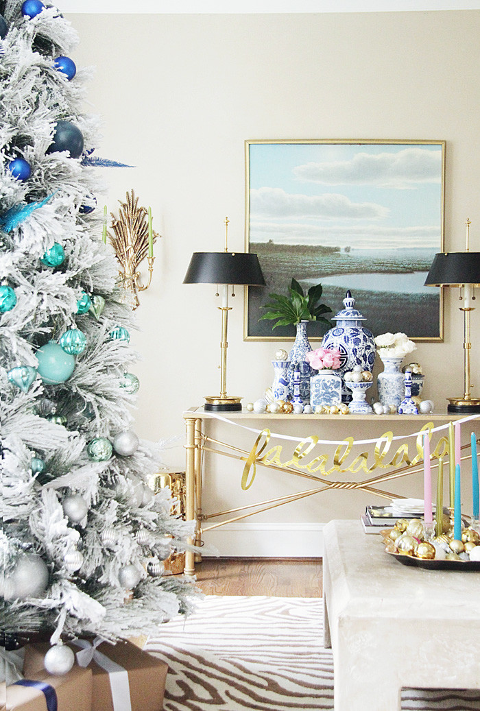 Holiday-Home-Tour-6-700x1037