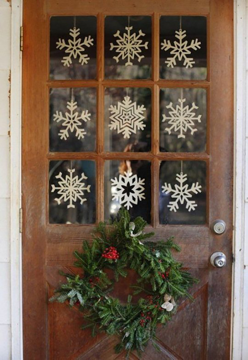 winter-snowflake-party-decor