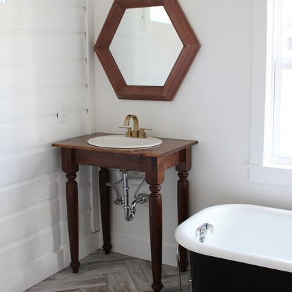 farmhouse-bathroom-vanity