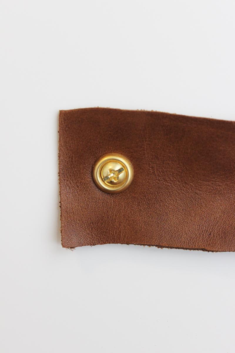 diy-leather-pulls