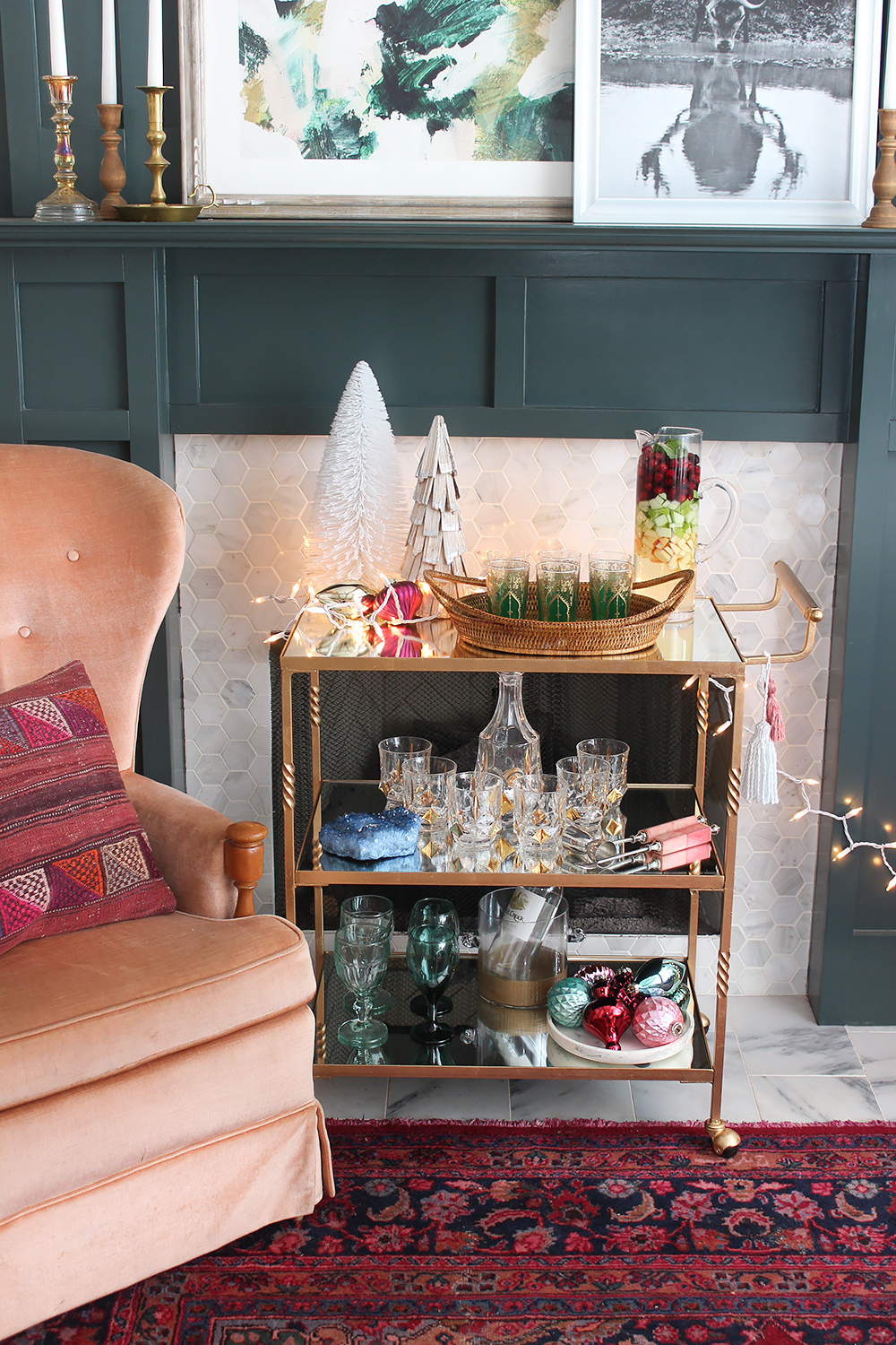 christmas-styled-bar-cart