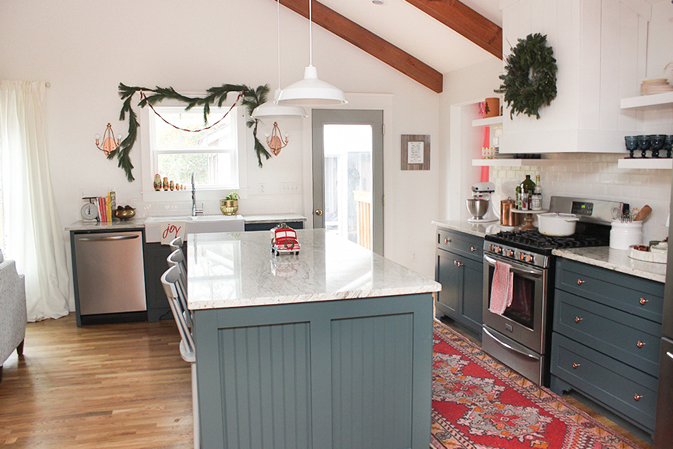 christmas-styled-kitchen