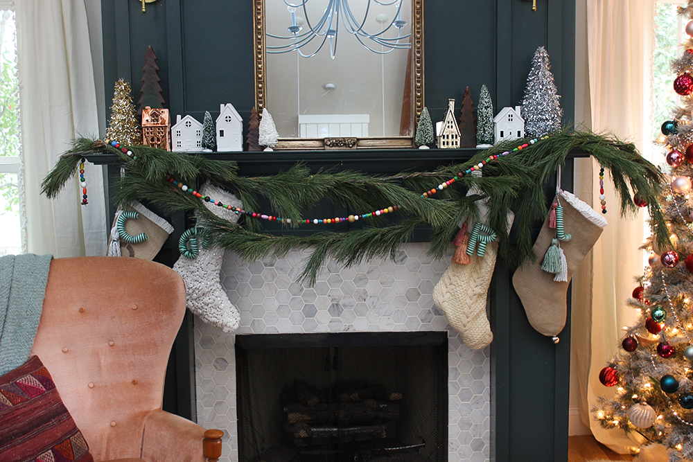 holiday-mantel
