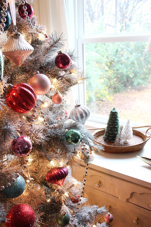 vintage-christmas-ornamnets
